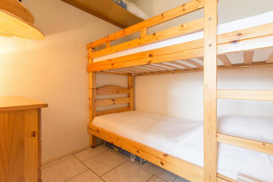 Holiday in mountain resort Studio sleeping corner 4 people (0607) - La Résidence Vostok Zodiaque - Le Corbier - Bath-tub