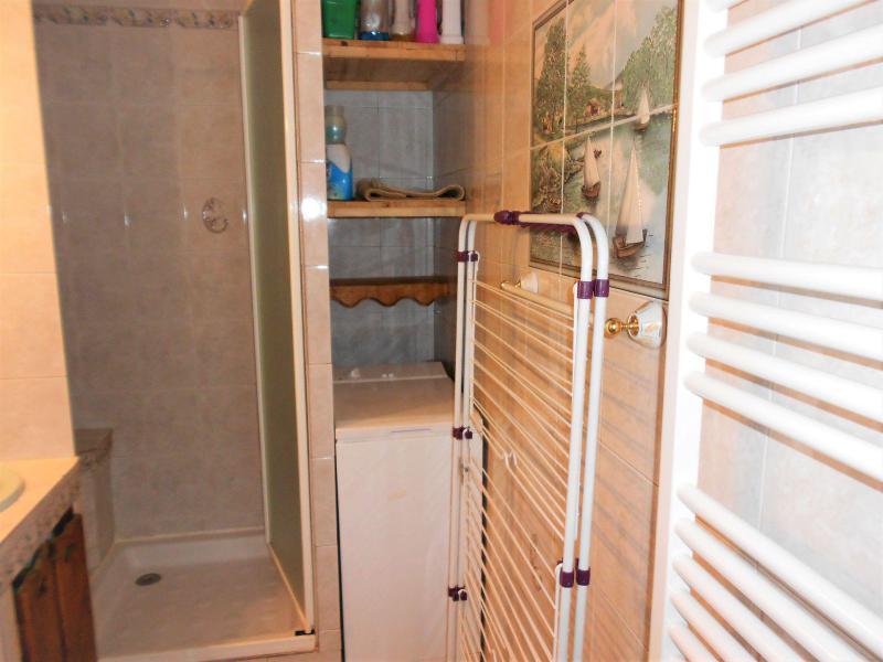 Holiday in mountain resort Studio sleeping corner 4 people (1107) - La Résidence Vostok Zodiaque - Le Corbier - Shower room