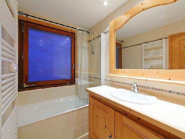 Holiday in mountain resort 3 room apartment 8 people (2) - Le Bec Rouge - Tignes - Bath-tub