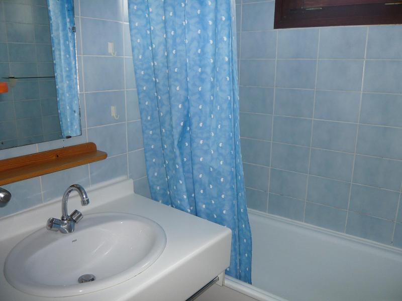 Holiday in mountain resort 2 room apartment 6 people (4) - Le Bollin - Tignes - Bathroom