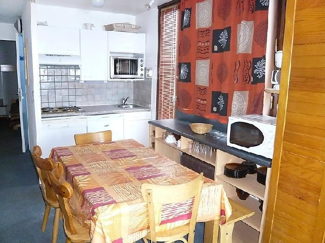 Holiday in mountain resort 2 room apartment 6 people (4) - Le Bollin - Tignes - Table