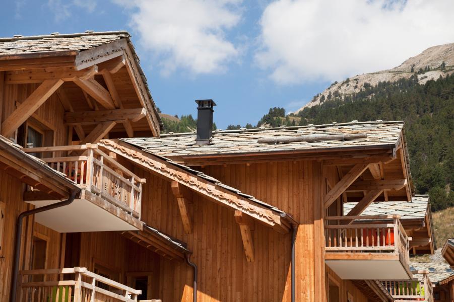 Holiday in mountain resort Le Chalet des Dolines - Montgenèvre - Summer outside