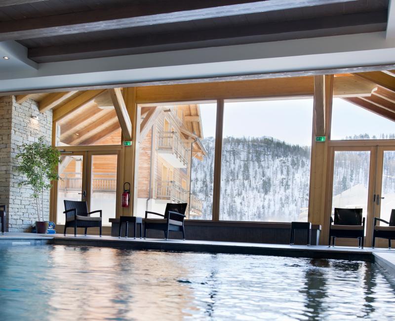Holiday in mountain resort Le Chalet des Dolines - Montgenèvre