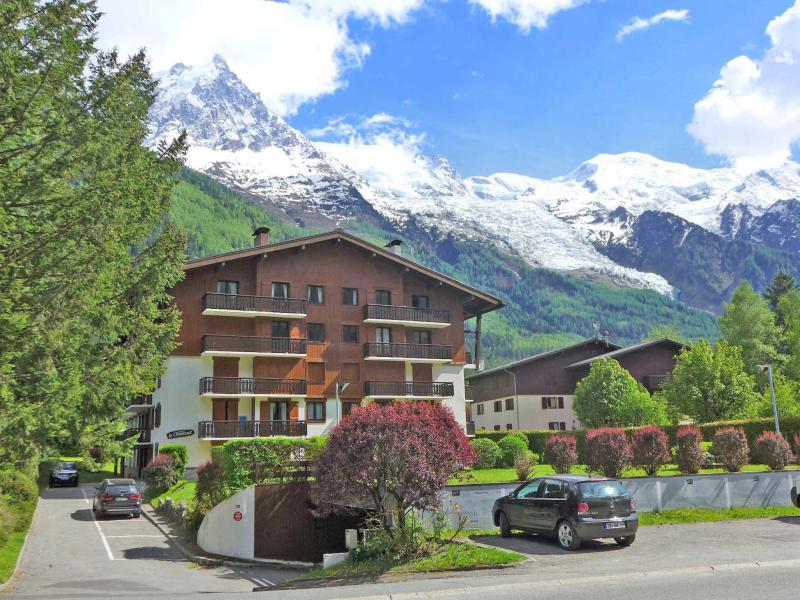Holiday in mountain resort 1 room apartment 2 people (1) - Le Choucas - Chamonix - Summer outside