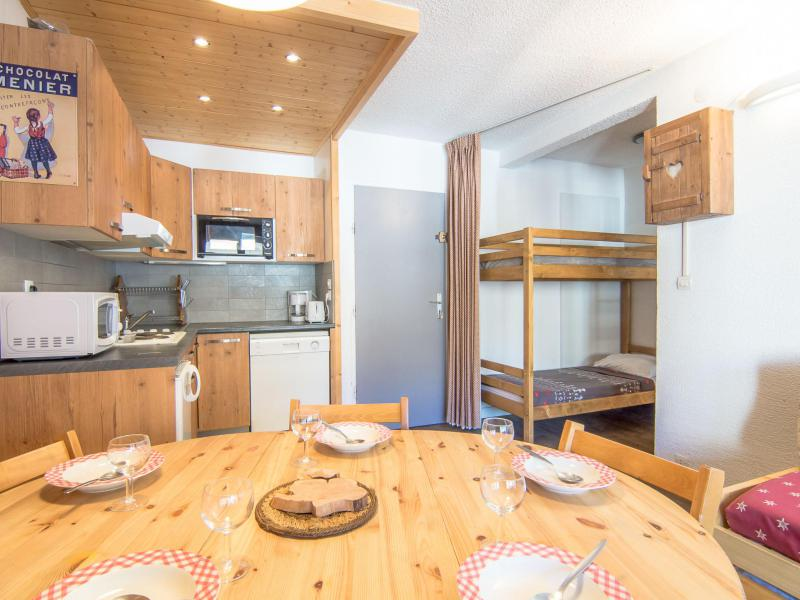 Holiday in mountain resort 2 room apartment 6 people (8) - Le Curling A - Tignes - Accommodation