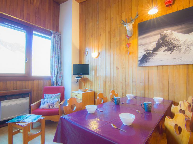 Holiday in mountain resort 2 room apartment 6 people (21) - Le Curling B - Tignes - Accommodation