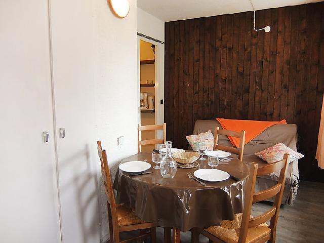 Holiday in mountain resort 1 room apartment 3 people (1) - Le Génépi - Les Menuires - Accommodation