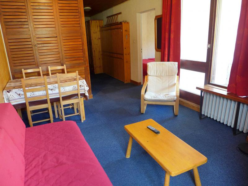 Holiday in mountain resort 2 room apartment 4 people (1) - Le Grand Pré - Tignes - Accommodation