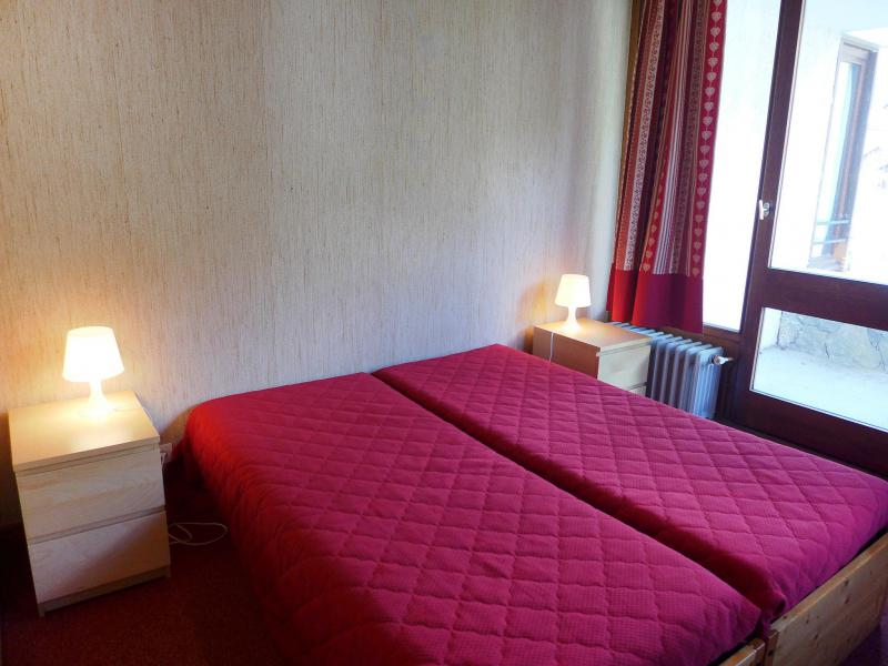 Holiday in mountain resort 2 room apartment 4 people (1) - Le Grand Pré - Tignes - Single bed