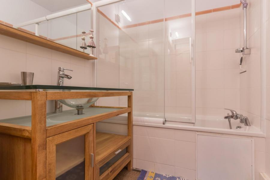 Holiday in mountain resort 3 room apartment 6 people (CHE2) - Le Hameau Crête Côte - La Plagne