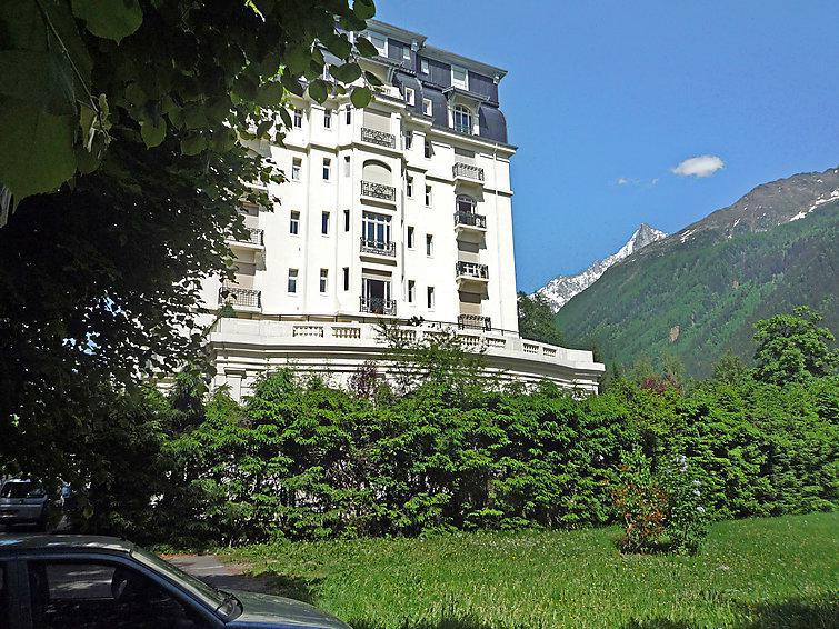 Holiday in mountain resort 2 room apartment 4 people (3) - Le Majestic - Chamonix - Summer outside