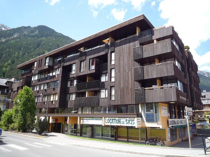 Holiday in mountain resort Le Mummery - Chamonix - Summer outside