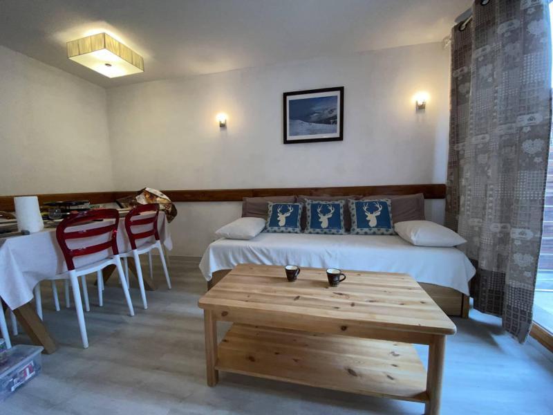 Wakacje w górach Apartament 2 pokojowy z alkową 6 osób (PDA04) - Le Parc des Airelles - Les Orres - Pokój gościnny