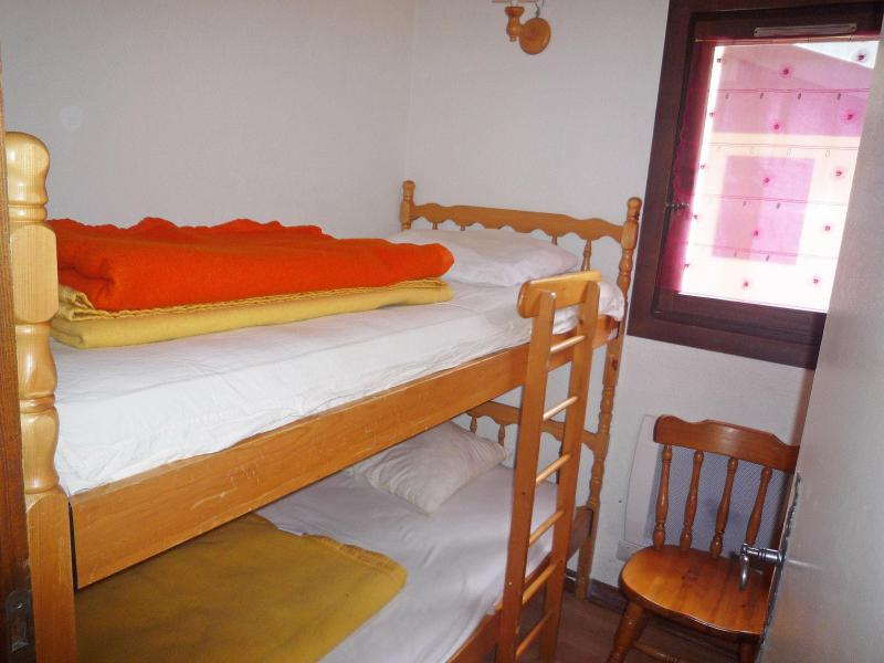 Holiday in mountain resort 3 room apartment 5 people (1) - Le Pramouny - Chamonix - Accommodation
