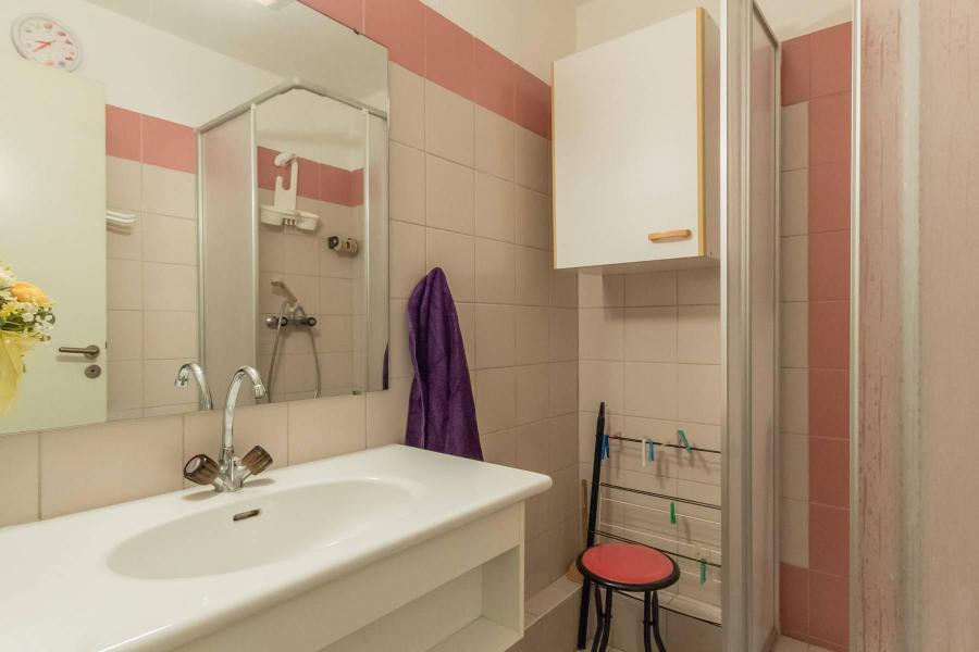 Vacances en montagne Appartement 2 pièces coin montagne 4 personnes (A301) - Le Relais de la Guisane A - Serre Chevalier - Salle d'eau