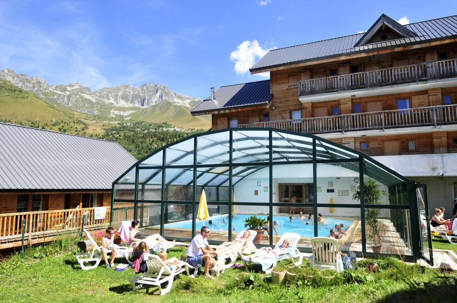 Location au ski Le Village Gaulois - Saint-François Longchamp - Extérieur été