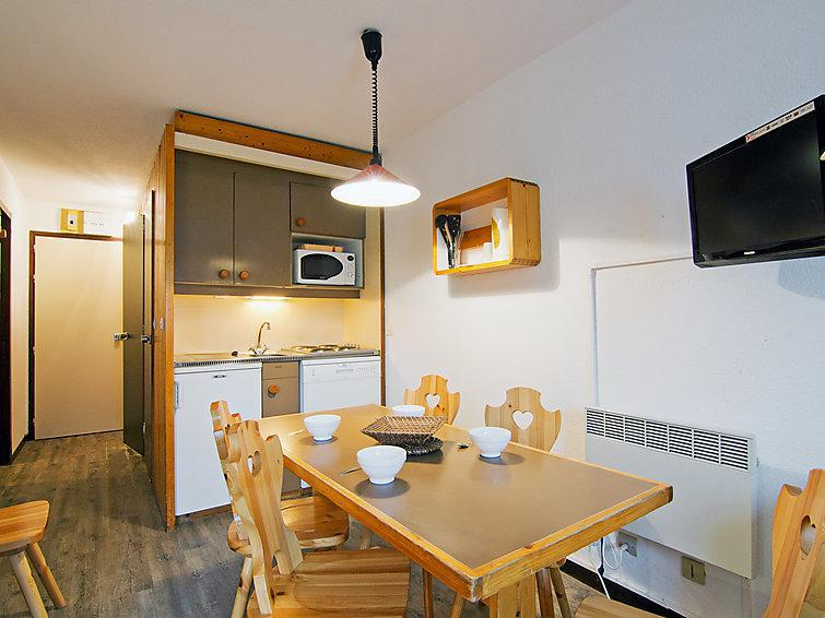 Holiday in mountain resort 2 room apartment 6 people (2) - Le Villaret - Les Menuires - Summer outside