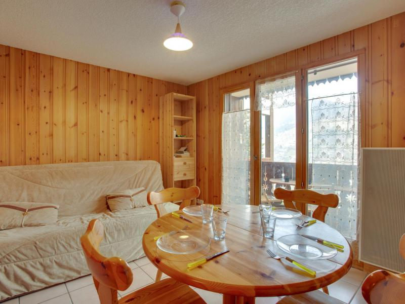 Holiday in mountain resort 2 room apartment 4 people (2) - Les Aiguilles du Midi - Saint Gervais - Accommodation