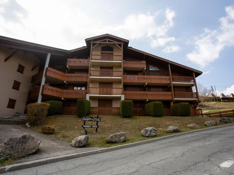 Holiday in mountain resort 2 room apartment 4 people (2) - Les Aiguilles du Midi - Saint Gervais - Summer outside
