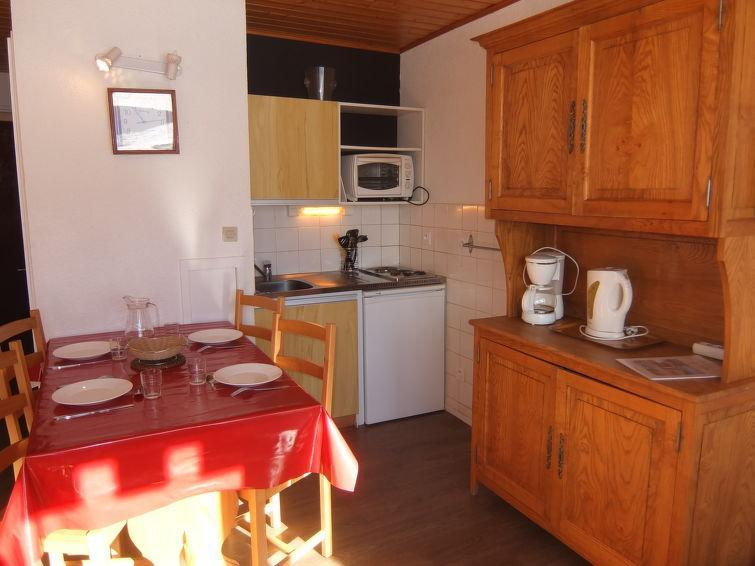 Holiday in mountain resort 1 room apartment 4 people (15) - Les Asters - Les Menuires - Accommodation