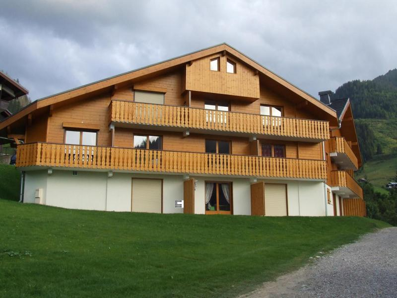 Vacances en montagne Les Balcons de Châtel - Châtel - Extérieur été