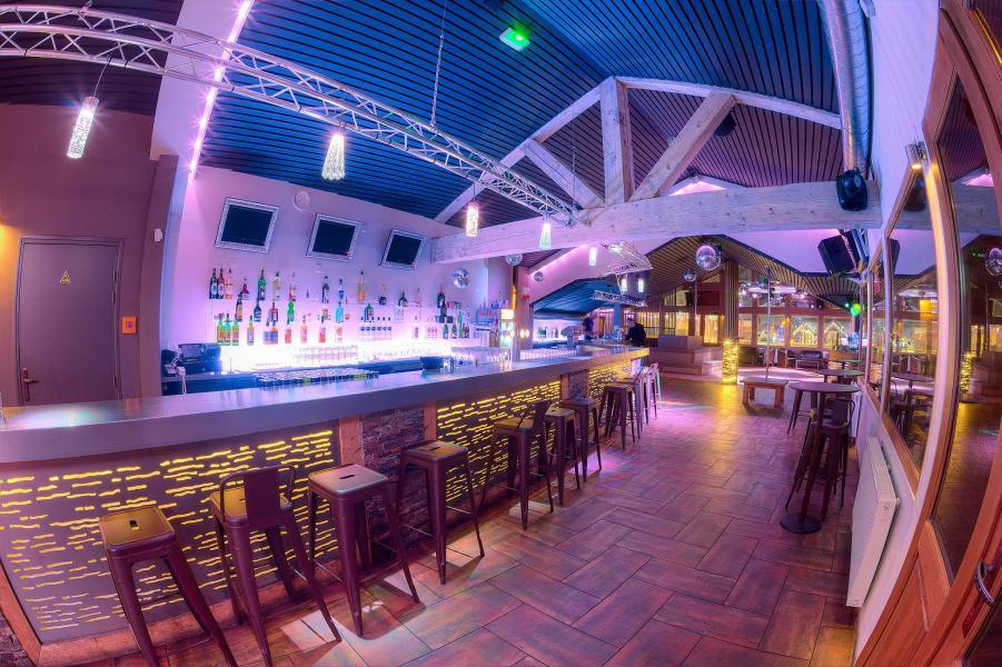 Urlaub in den Bergen Les Balcons de la Rosière - La Rosière - Bar