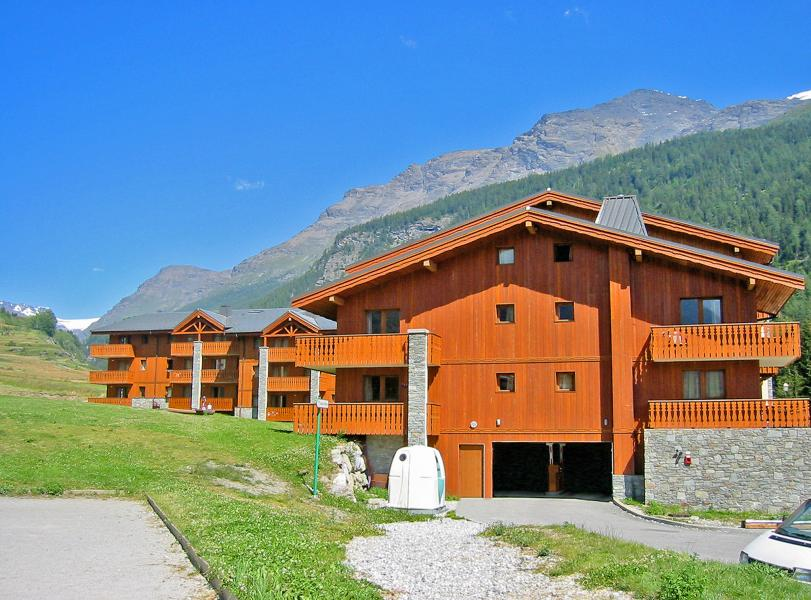 Rent in ski resort Les Balcons de Val Cenis le Haut - Val Cenis - Summer outside