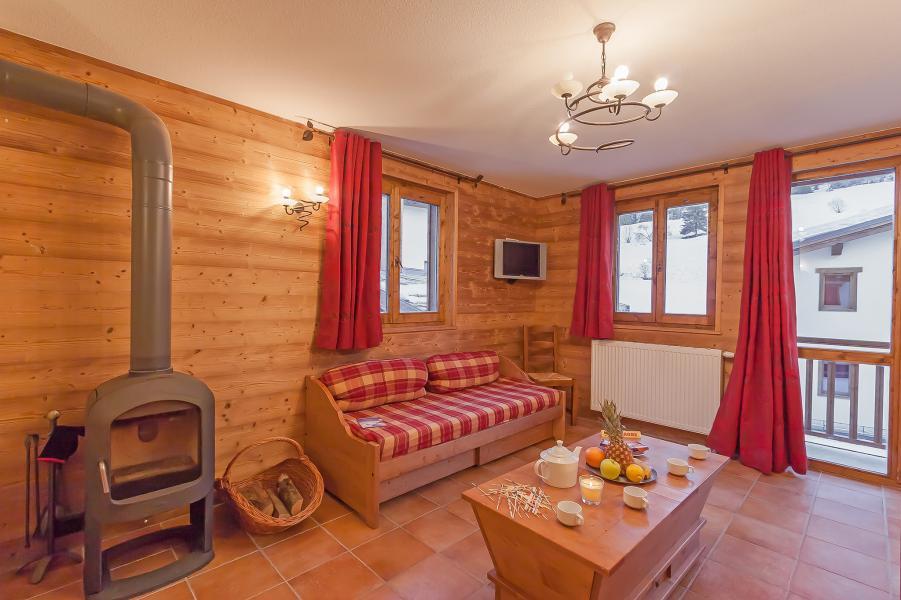 Urlaub in den Bergen Les Balcons de Val Cenis Village - Val Cenis - Wohnzimmer