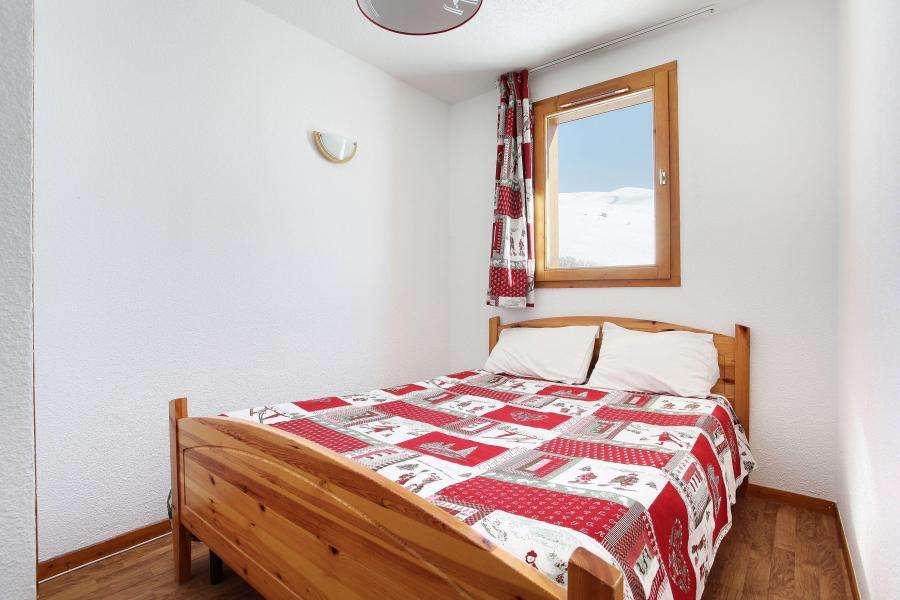 Holiday in mountain resort Les Balcons du Soleil - Saint-François Longchamp - Double bed