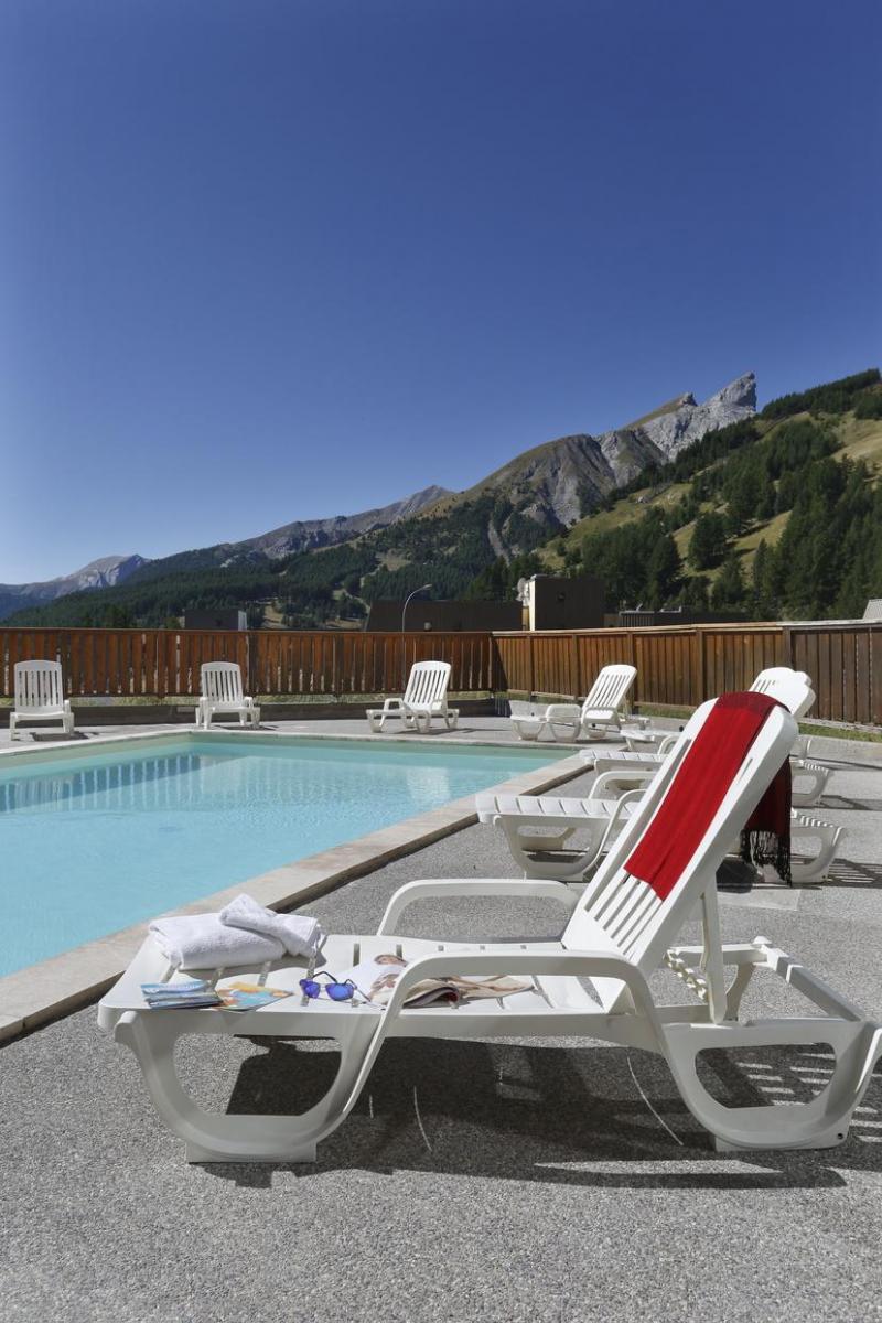 Les balcons du soleil partir de 246 location vacances for Piscine du soleil nice