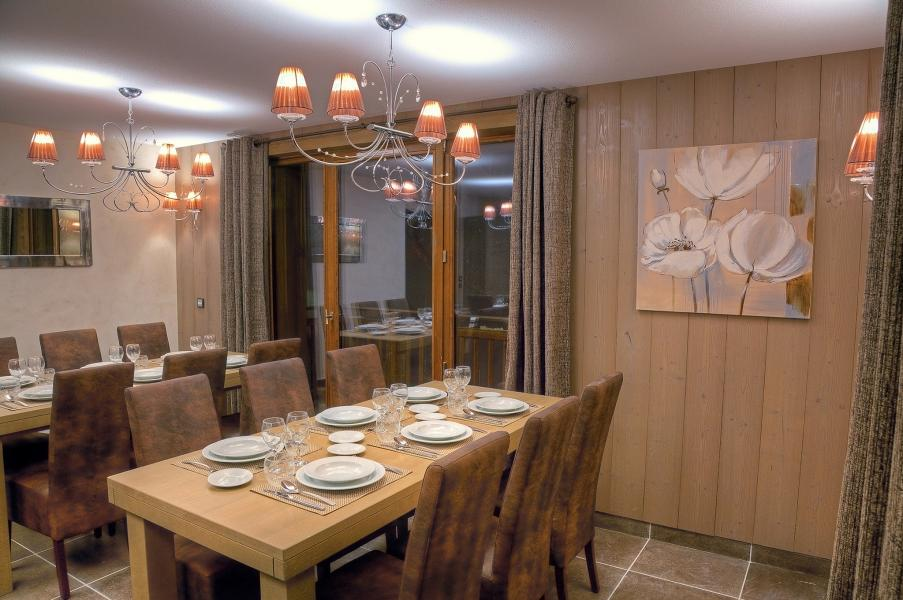 Holiday in mountain resort Les Balcons Platinium - Val Thorens - Dining area