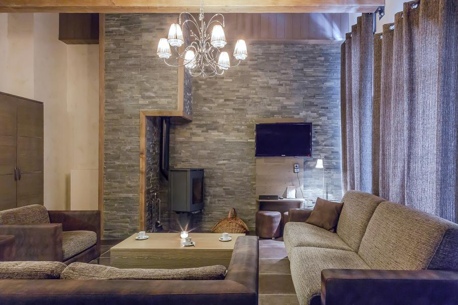 Holiday in mountain resort Les Balcons Platinium - Val Thorens - Living room
