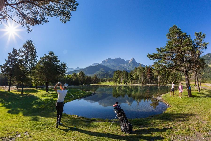 Rent in ski resort Les Bergers Resort Résidence - Pra Loup - Summer outside