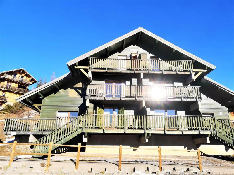 Rent in ski resort Les Chalets d'Aurouze - La Joue du Loup - Summer outside