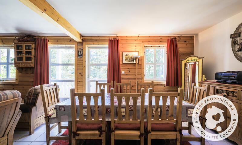 Vacances en montagne Chalet 4 pièces 8 personnes (Sélection 84m²) - Les Chalets de Flaine Hameau - Maeva Home - Flaine - Table