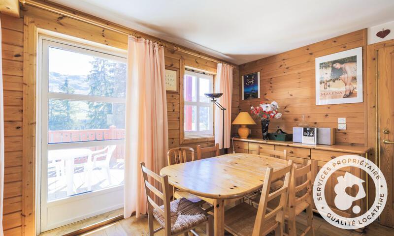 Vacances en montagne Chalet 3 pièces 6 personnes (Confort 70m²) - Les Chalets de Flaine Hameau - Maeva Home - Flaine - Table