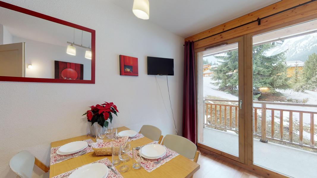Vacaciones en montaña Apartamento 2 piezas para 4 personas - Les Chalets de Florence - Valfréjus - Comedor