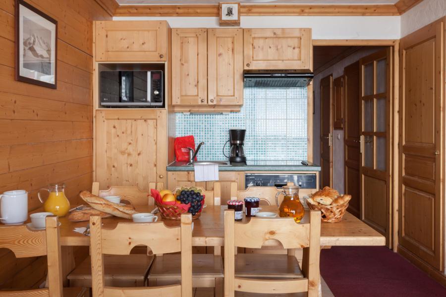 Vacances en montagne Les Chalets de l'Adonis - Les Menuires - Cuisine ouverte