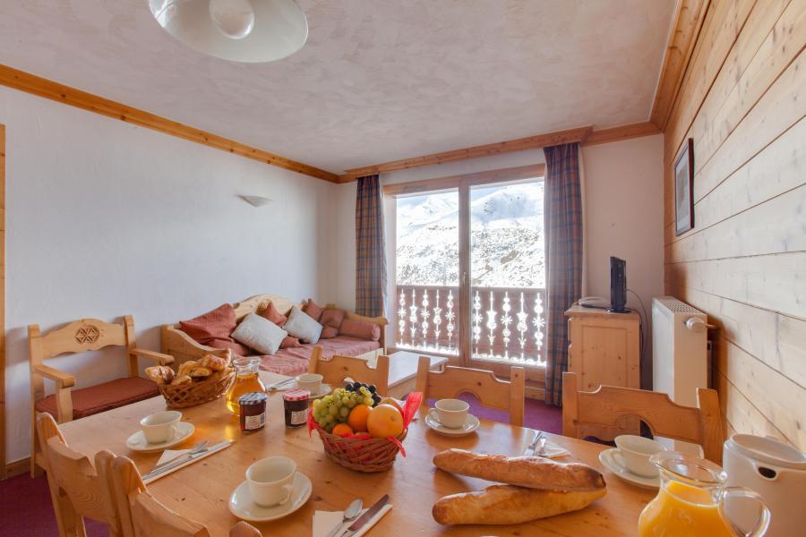 Vacances en montagne Les Chalets de l'Adonis - Les Menuires - Salle à manger