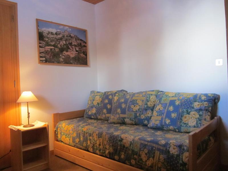 Vacances en montagne Chalet 4 pièces 7 personnes (8) - Les Chalets de la Forêt - La Plagne - Banquette-lit