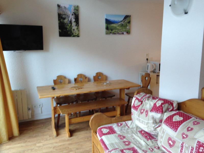 Wakacje w górach Apartament 2 pokojowy z alkową 6 osób (5205) - Les Chalets de la Vanoise - La Norma - Pokój gościnny