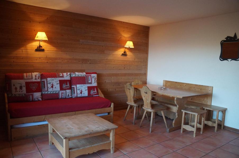 Holiday in mountain resort 3 room apartment sleeping corner 8 people (H1) - Les Chalets de Praroustan - Pra Loup - Living room