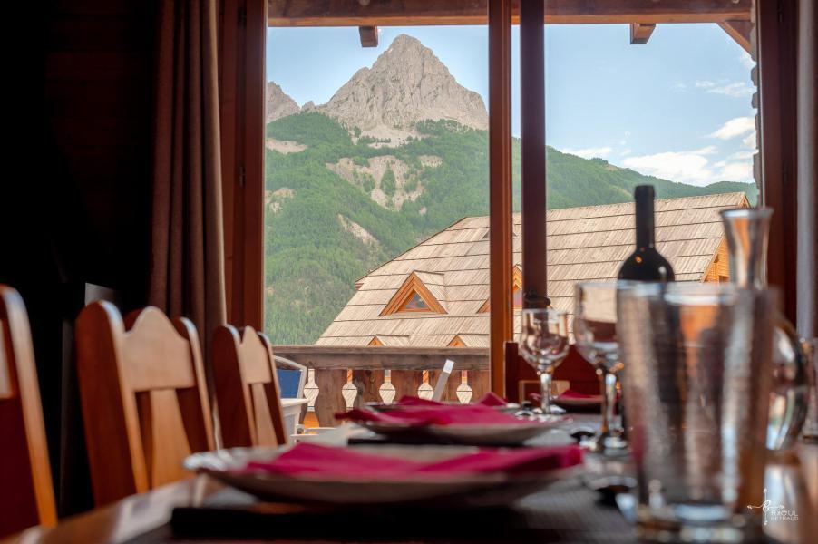 Holiday in mountain resort 4 room mezzanine chalet 10 people (14) - Les Chalets de Praroustan - Pra Loup - Living room