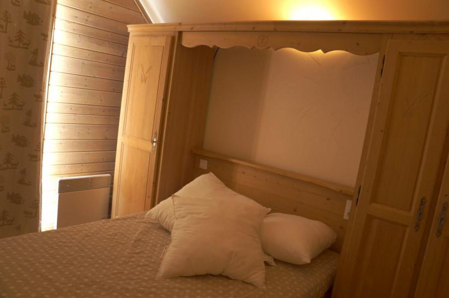 Holiday in mountain resort 5 room mezzanine chalet 12 people (8) - Les Chalets de Praroustan - Pra Loup - Bedroom