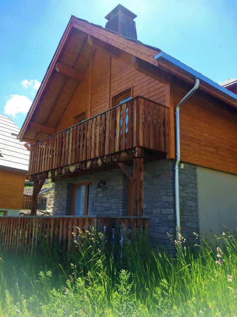 Holiday in mountain resort 4 room mezzanine chalet 10 people (12) - Les Chalets de Praroustan - Pra Loup - Summer outside