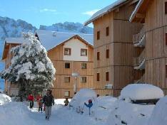 Vacaciones en montaña Les Chalets de SuperD Dauphinelle - Superdévoluy