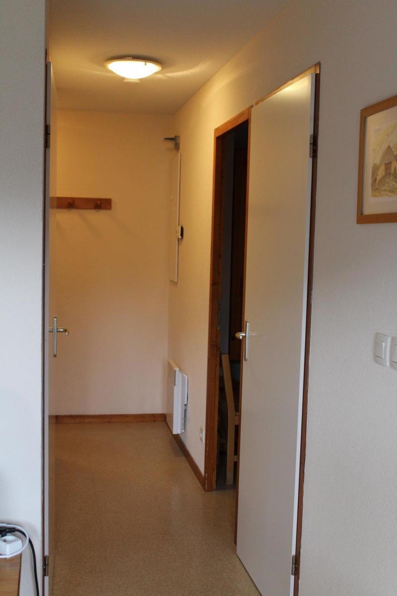 Vacaciones en montaña Apartamento cabina 2 piezas para 6 personas (DP51) - Les Chalets de SuperD Dauphinelle - Superdévoluy - Entrada
