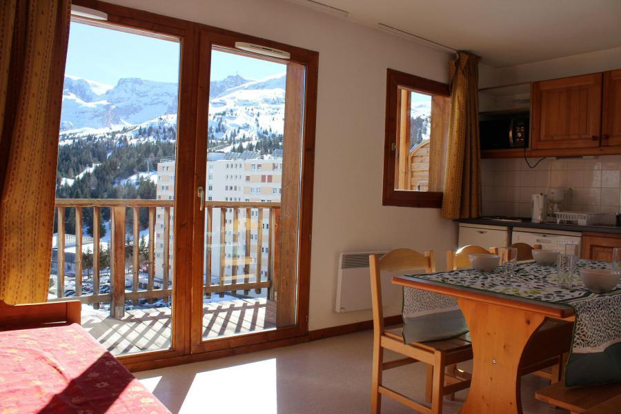 Wakacje w górach Apartament 1 pokojowy z alkową 6 osób (EG61) - Les Chalets de SuperD Eglantier - Superdévoluy - Pokój gościnny
