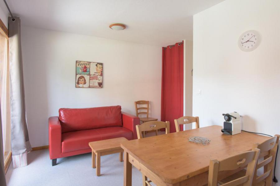 Wakacje w górach Apartament 2 pokojowy z alkową 6 osób (FR34) - Les Chalets de SuperD Fraxinelle - Superdévoluy - Pokój gościnny