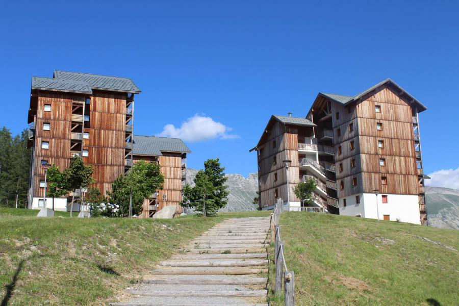 Wakacje w górach Les Chalets de SuperD Gentiane - Superdévoluy - Na zewnątrz latem